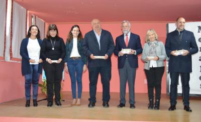 El colegio Rafael Morales homenajea al poeta talaverano que da nombre al centro