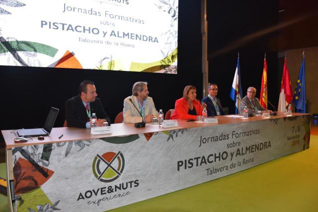 """Talavera puede convertirse en """"referente mundial en la comercialización de frutos secos"""""""