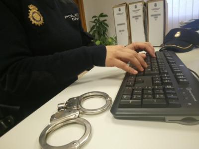 Detenido por estafar más de 13.000 euros con una empresa de reformas ficticia
