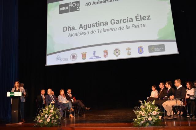 La alcaldesa de Talavera ensalza el papel de la UNED