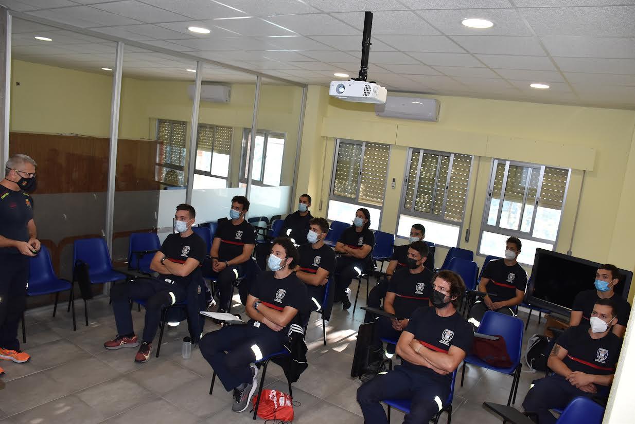 Es la primera vez que bomberos de la región se forman en Talavera