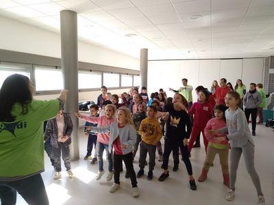 ATANDI celebra con escolares un día de inclusión y aprendizaje en El Casar de Escalona
