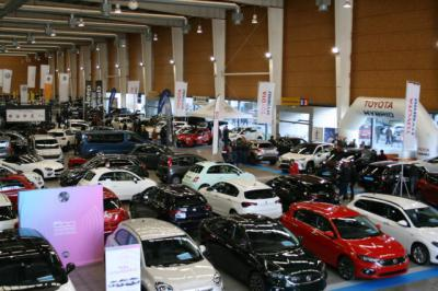 Más de 7.000 personas visitan el Salón del Automóvil de Talavera