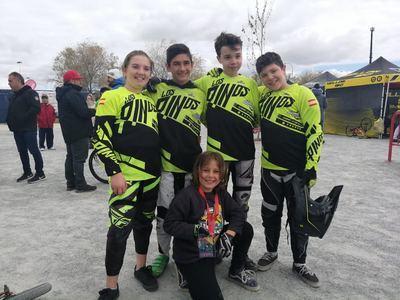 El club BMX Los Pinos conquista Móstoles y Elche