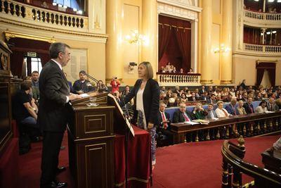 La talaverana Montse Muro adquiere su condición plena de senadora