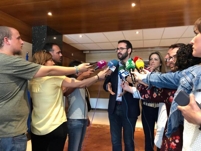 El PSOE celebra que el pacto con Cs evite que Vox, de la mano del PP, entre en Ayuntamientos