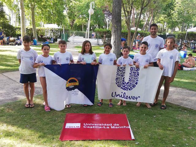 El Club Natación Aqüis participa en el Campeonato Regional