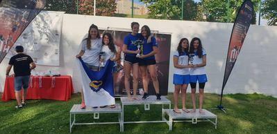 Las chicas del Aqüis, segundas en el Campeonato Regional