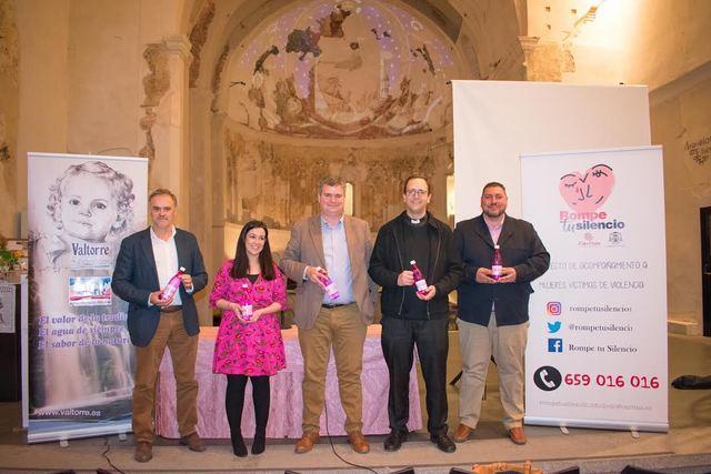 Valtorre colabora con la campaña 'Mujer, rompe tu silencio', de Cáritas, con su gama 'Única'