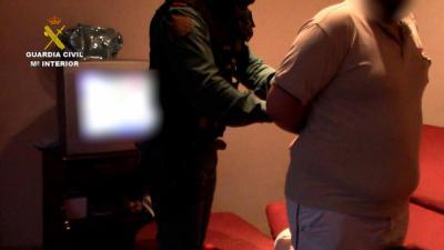 EN UN PUEBLO DE TOLEDO | Detenidos unos padres por tráfico de estupefacientes y abandono de menores