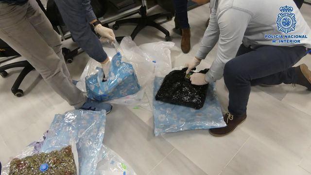 Incautan en Talavera y Barcelona 10kg de MDMA y 11kg de marihuana (FOTOS)