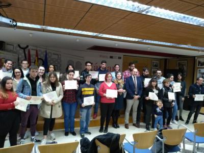 Entrega de diplomas de nuevos cursos PICE para jóvenes de Talavera