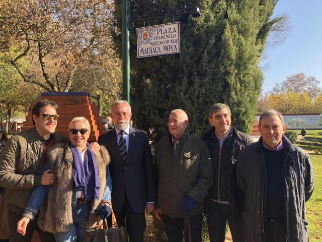 Inaugurada la Plaza 'Machaca Moya' en los Jardines del Prado