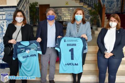 FUTSAL | La consejera de Deportes se reúne con el Soliss FS Talavera