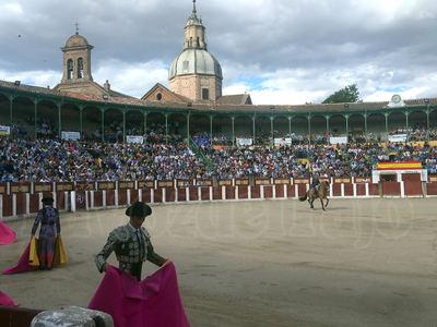 Triunfo de Diego Ventura ante un público que se acercó al lleno en La Caprichosa (GALERIA DE FOTOS)