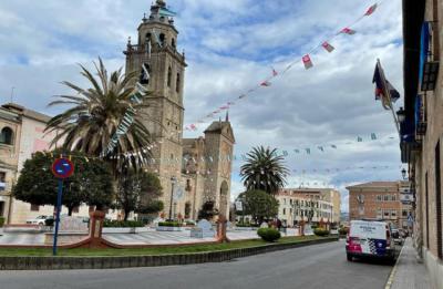 TALAVERA | El Ayuntamiento pide retirar las banderas colocadas por