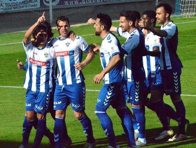 Las mejores imágenes de la victoria del CF Talavera ante El Ejido