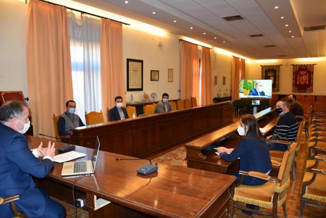 TALAVERA | Carrillo traslada a la ciudadanía el informe del POM y detalla algunas actuaciones