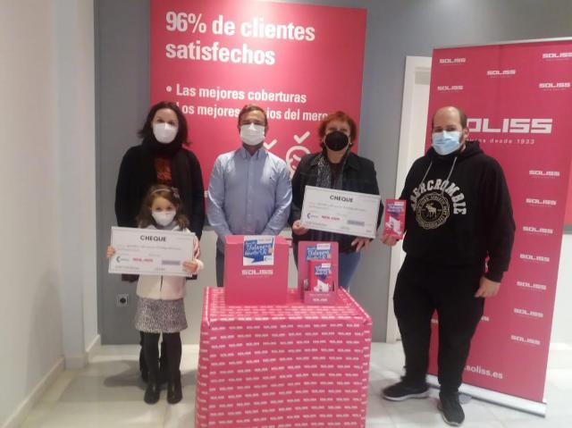 TALAVERA | Soliss Seguros y Comercyas siguen entregando cheques regalo