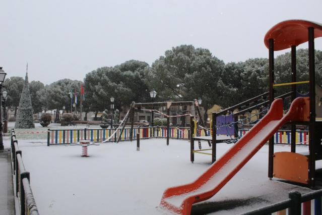 FOTOS   Nuevas nevadas en Torrijos, en nivel rojo de alerta