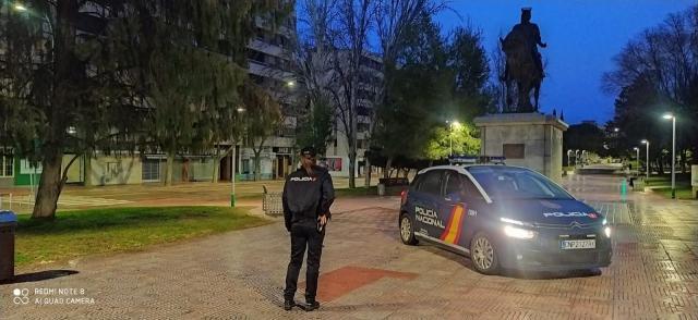 SUCESOS | Detenido tras huir cuando intentó robar a un policía jubilado