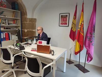 El concejal del PSOE, Paco Rueda, hospitalizado por una angina de pecho