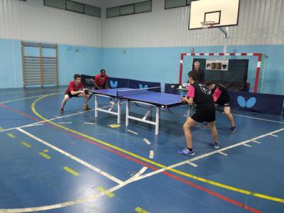 Enorme victoria de los talaveranos en tenis de mesa