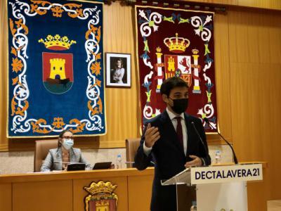 Santiago Serrano carga contra el Gobierno de Tita García