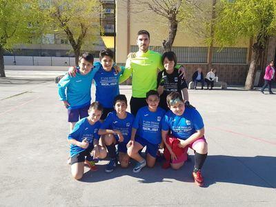 El Clemente Palencia alevín recupera el liderato en la Liga Escolar FS