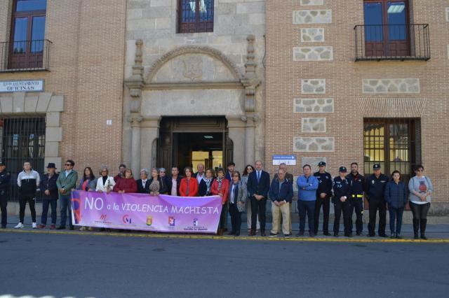 Minuto de silencio en Talavera por las 4 mujeres asesinadas en marzo