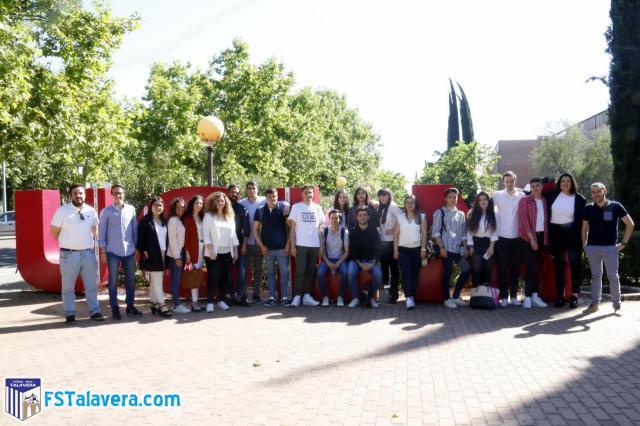 Los alumnos de la UCLM colaboran con el Soliss FS Talavera en un plan de marketing