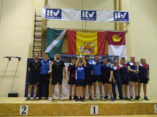 El tenis de mesa talaverano triunfa en el campeonato regional