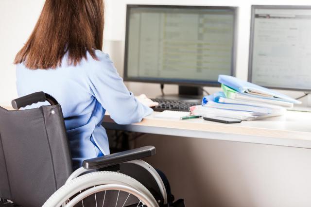 La fisioterapia fomenta la integración y mejora la calidad de vida de los discapacitados