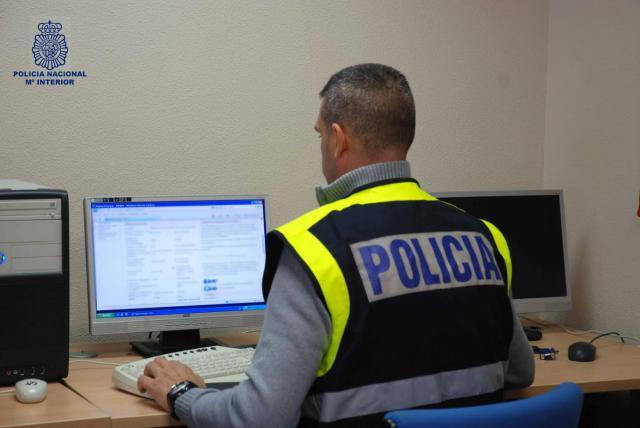 Detenido en Talavera por difundir fotos intimas de una amiga por WhatsApp
