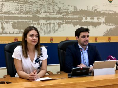 """Serrano justifica la deuda y recuerda a Tita que """"no es fácil de gestionar"""" un Ayuntamiento"""