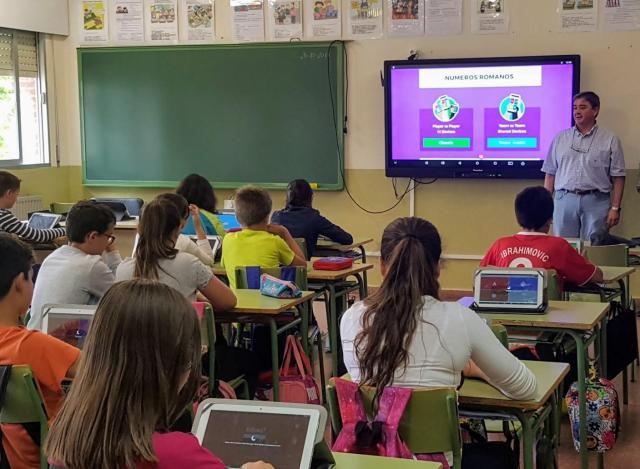 Tres centros educativos de Talavera se unen al programa de digitalización 'Carmenta'