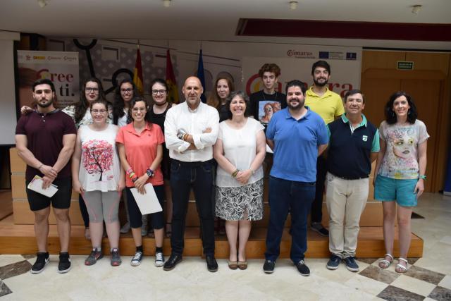 20 jóvenes talaveranos realizan con éxito el programa de inglés de la Cámara de Comercio
