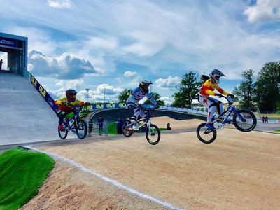 Sin suerte para los pilotos talaveranos en el Campeonato de Europa de BMX