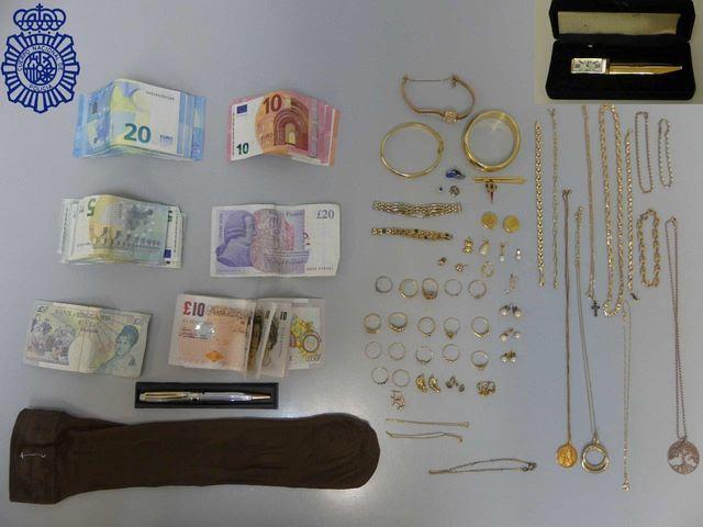 Desarticulan un grupo criminal que robó en dos viviendas de Talavera