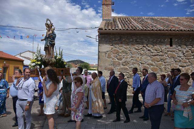 Santa Misa y Procesión en El Casar de Talavera