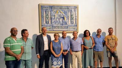 El panel de cerámica de Jan Floris vuelve a Oropesa completamente restaurado