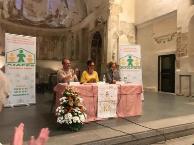 'El Salvador' acogió la conferencia 'Conecta con la vida'