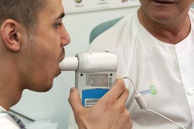 El SESCAM ha realizado más de 2.400 espirometrías en los primeros ocho meses del año