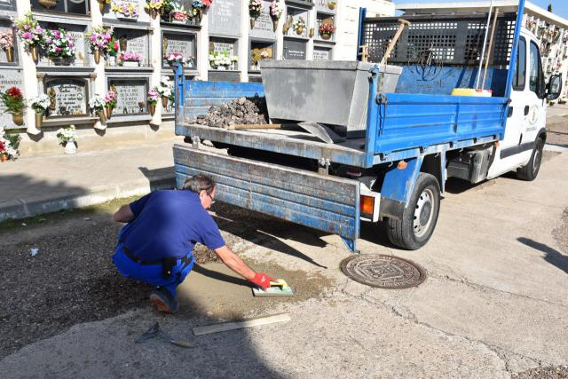 Obras para mejorar el interior y los accesos del cementerio de Talavera