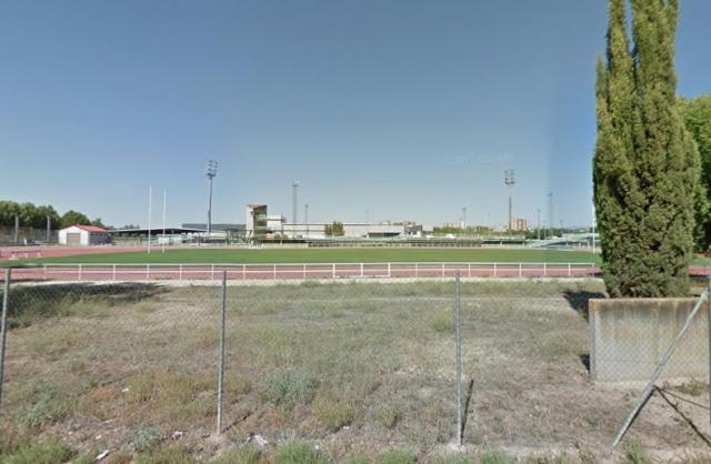 La lluvia retrasa la obras de la pista de atletismo de Talavera