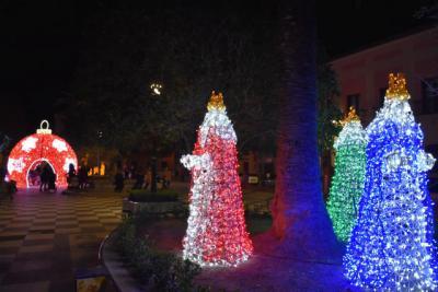 Talavera de la Reina ya brilla por Navidad