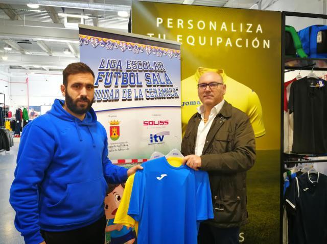 Joma, nuevo colaborador de la VI Liga Escolar de Fútbol Sala 'Ciudad de la Cerámica'