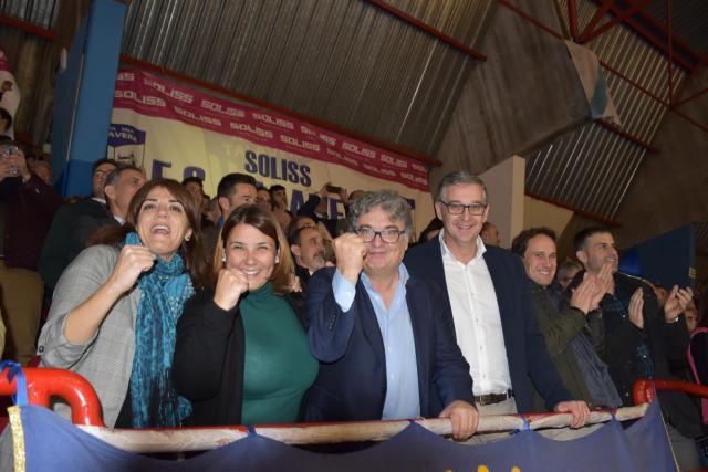 La alcaldesa Tita García muestra su apoyo al Soliss FS Talavera