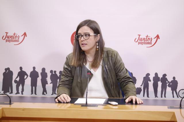 El PSOE defiende las cuentas de 2017 como las de la 'recuperación' y lamenta la oposición del PP