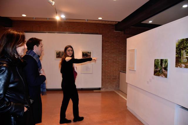 Inaugurada la exposición 'Como un jardín calcado en un espejo', de Paula Garra